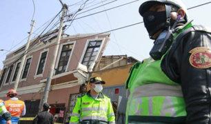 Mujer quedó atrapada tras derrumbarse  parte de una quinta en el Cercado de Lima