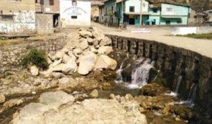 Pasco: denuncian que personas inescrupulosas provocaron serios daños en un puente inca