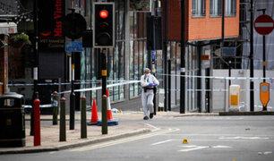 Reino Unido: un muerto y siete heridos graves deja ataque con cuchillo
