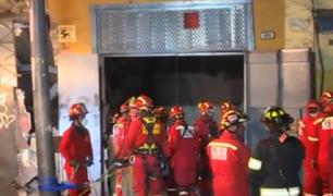 Obrero de 53 años permanece atrapado desde el sábado tras derrumbe en el Centro de Lima