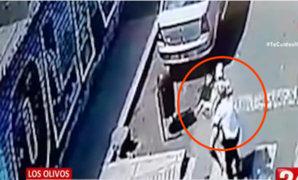 Captan presunto intento de secuestro de mujer en Los Olivos