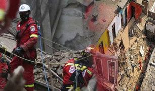 Continúan labores de rescate del albañil atrapado más de 90 horas en derrumbe