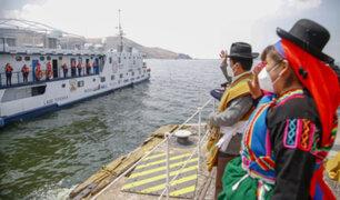 Covid-19: buque navega lago Titicaca llevando pruebas de descarte y atención médica
