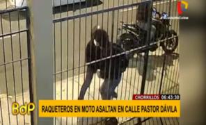 Captan instante en que raqueteros asaltan a transeúnte en Chorrillos