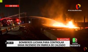 El Agustino: incendio de grandes proporciones se registra en almacén en Vía de Evitamiento