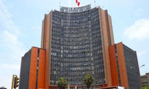 Expedientes de la CSJ de Lima afectados tras rotura de tubería
