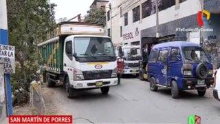 SMP: denuncian que transportistas se han apoderado de pista para descargar mercadería