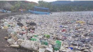 América Central: playas de Honduras repletas de basura