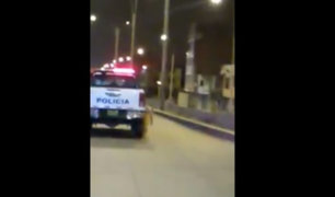 VES: Patrullero policial arrastra a perro por varias cuadras en avenida Pastor Sevilla