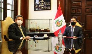 Presidente Martín Vizcarra y Manuel Merino se reunieron en Palacio de Gobierno