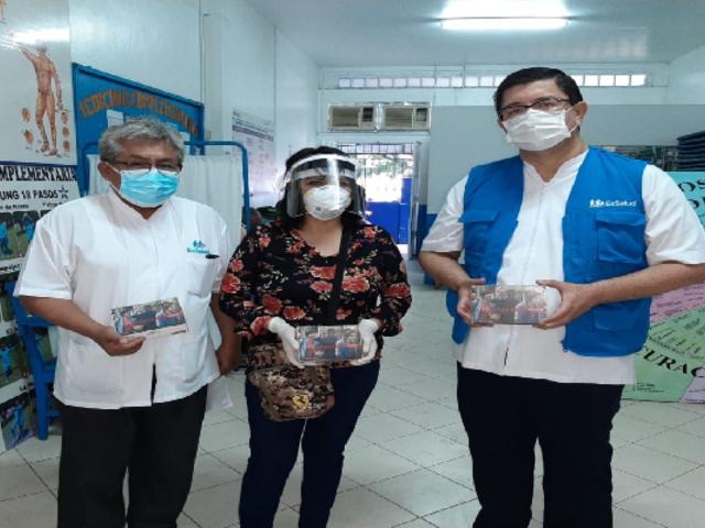 Loreto: EsSalud entregó 36 audífonos medicados a pacientes con discapacidad auditiva