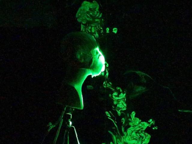 EEUU: mascarillas con filtros y protectores faciales no detienen la propagación del virus, según estudio