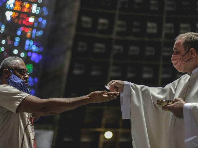 Misas en iglesias se realizarán desde el 15 de noviembre