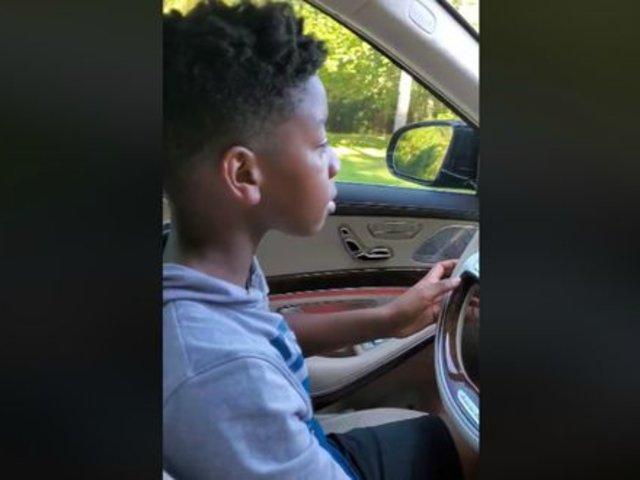 Estados Unidos: niño de 12 años conduce auto para salvar a su abuela de descompensación