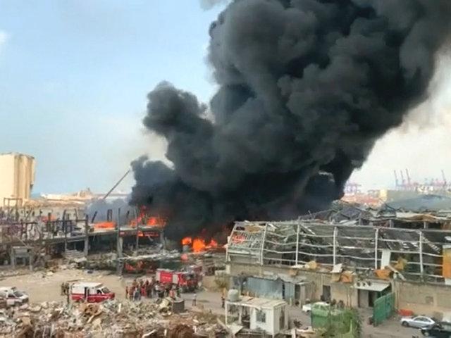 Líbano: a un mes de la explosión en Beirut, se registra enorme incendio en el puerto