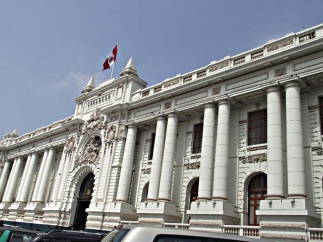 Perucámaras hace un llamado al Congreso a centrarse en las reformas políticas pendientes
