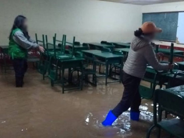 Intensas lluvias y fuertes vientos afectan  viviendas y  colegio en Huánuco