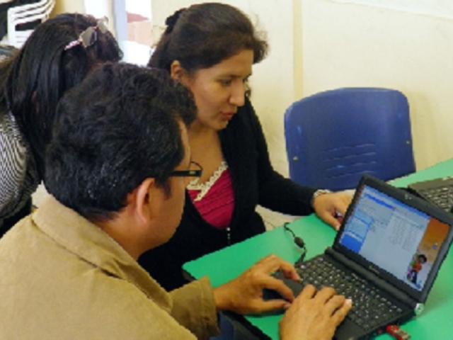 Minedu capacitará a docentes de 14 regiones en uso pedagógico de tablets