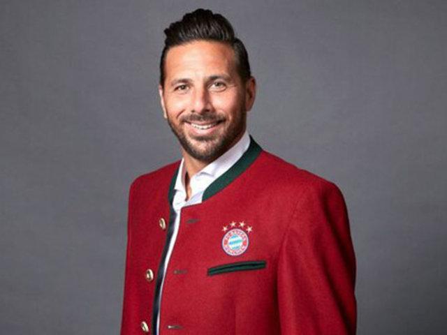 Bayern Múnich nombró a Claudio Pizarro como embajador del club