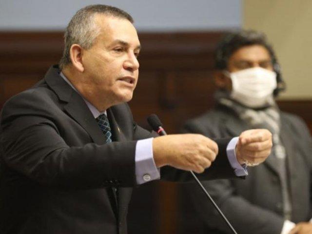 Daniel Urresti desata polémica por aludir 'tendencia sexual' de Vizcarra