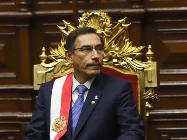 Vacancia presidencial: Vizcarra no asistirá hoy al Congreso de la República