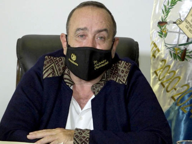 Guatemala: presidente Alejandro Giammattei confirmó que dio positivo al Covid-19