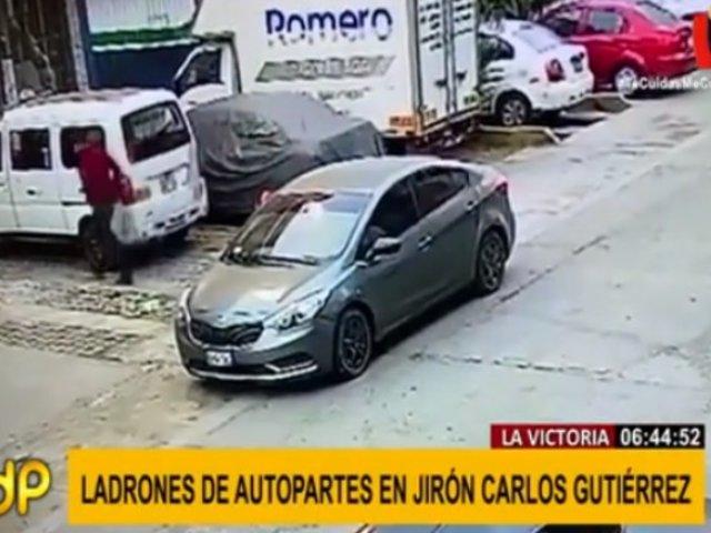 La Victoria: captan a ladrones robando autopartes en Jr. Carlos Gutiérrez