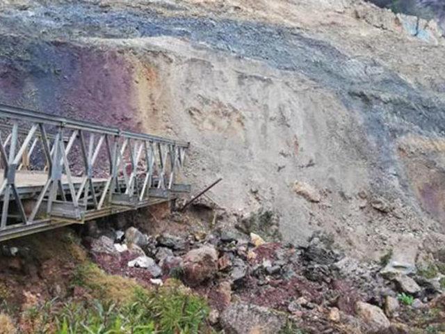 Huánuco: deslizamiento de cerro cubrió puente y dejó provincias incomunicadas