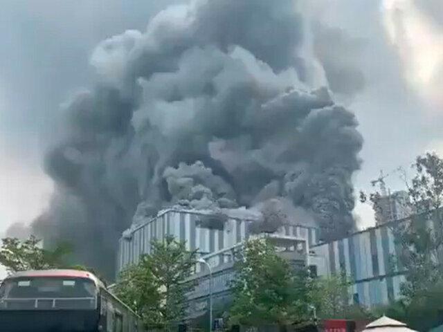 China: una de las sedes de Huawei ardió en llamas