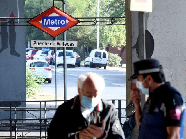 Madrid inició el lunes con 45 zonas bajo restricciones de movilidad y actividad