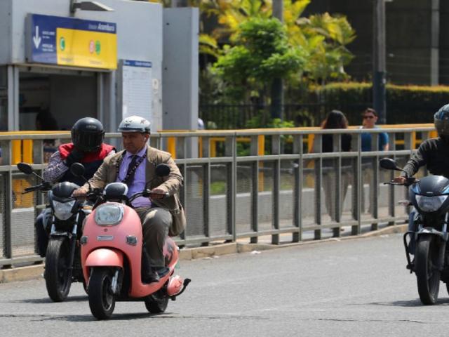 Número de motos en el país superó al de autos en cuatro ruedas