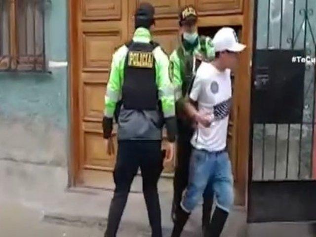Ladrón se esconde en vivienda de vecinos y roba cargador portátil