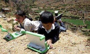 Gobierno anuncia que entrega de tablets se iniciará en noviembre