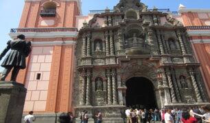 Iglesias podrían reabrir sus puertas pero bajo horarios diferenciados, según Pilar Mazzetti