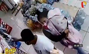 Los Olivos: tenderos que usaron bebé para robar en minimarket atacan más negocios