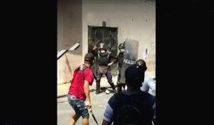 Mesa Redonda: desalojo se convierte en batalla entre fiscalizadores y ambulantes