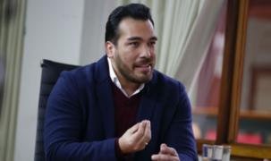 Álvaro Paz de la Barra aseguró que un ministro lo llamó para que impida manifestaciones