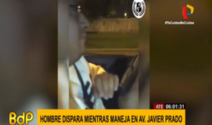 Ate: alarma entre vecinos por sujeto que se grabó disparando desde su auto