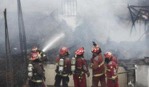 Bomberos atendieron más de 160  emergencias en Lima y Callao  este 25 de diciembre