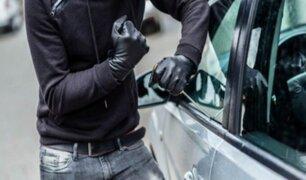 Callao: vecino asusta a ladrones de autopartes antes de realizar el robo