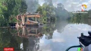 Iquitos: Policía destruye tres dragas dedicadas a minería ilegal