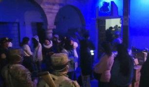"""Iquitos: más de 70 jóvenes participaban en """"fiesta piscina"""" pese a restricciones por Covid-19"""