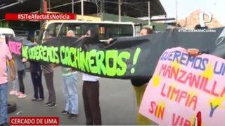 Cercado de Lima: Vecinos de Manzanilla realizan plantón para protestar por invasión de ambulantes