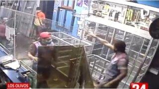 Los Olivos: extranjero agrede a dueño de vidriería porque no quiso pagarle su sueldo