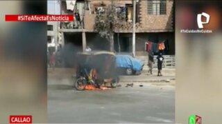 Callao: Vecinos hartos de robos incendian mototaxi de delincuentes