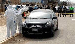 Extraño hallazgo: reportan cadáver con un impacto de bala en un vehículo
