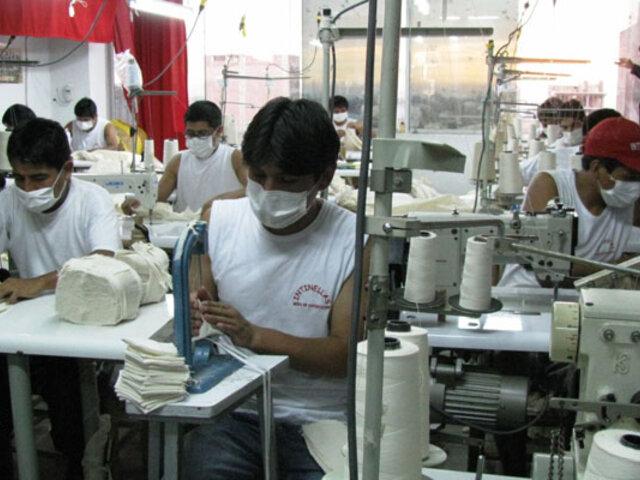 Comisión de Trabajo del Congreso aprueba prohibir reducción de sueldos durante pandemia