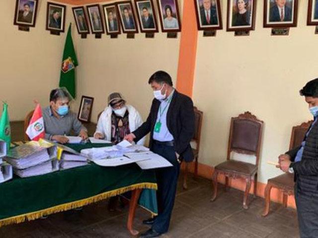 Canta: intervienen municipio por presuntas irregularidades en la entrega de brevetes
