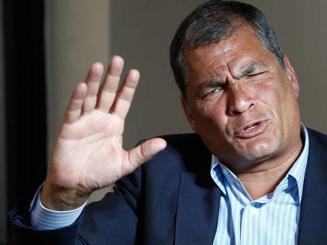Ecuador solicitó a Interpol el arresto del expresidente Rafael Correa
