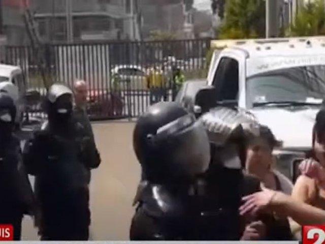 San Luis: Familia agrede a fiscalizadores para impedir que se lleven vehículo al depósito